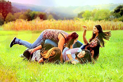 Fazer amizades na adolescência prediz melhor saúde na vida adulta
